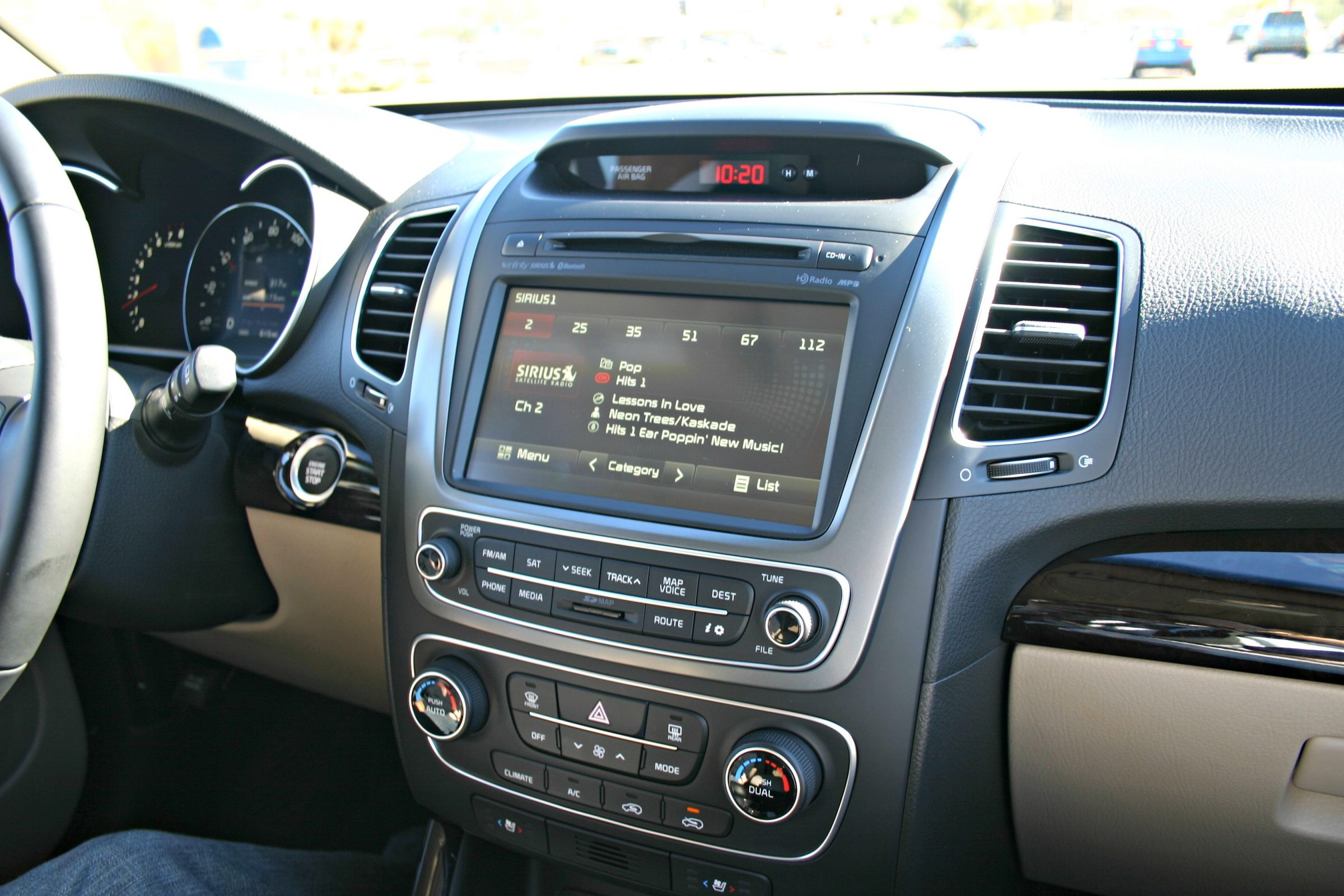 Lovely 2014 Dash Sorento Kia