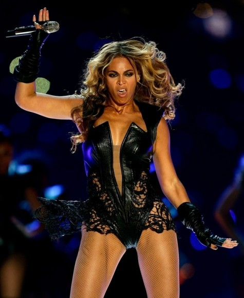 beyonce wants pictures removed from the interwebs
